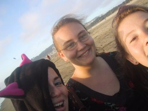 GlitterGirl with her nieces, Ocean Beach, San Francisco